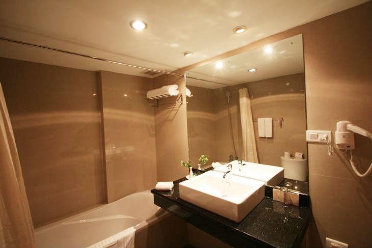 kisa-hotel-bathroom
