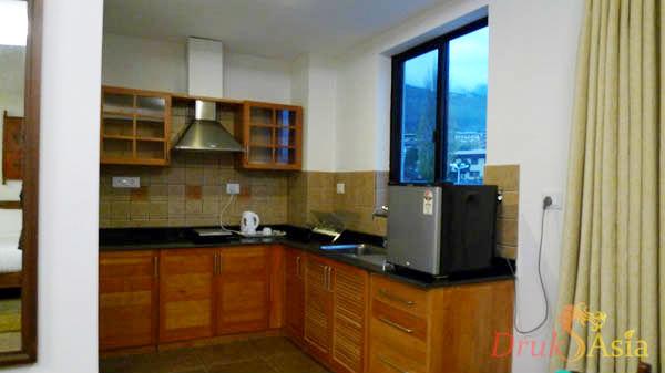 drukasia_011712_khang-residency-kitchen1